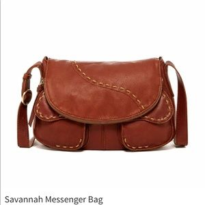 Lucky Brand Savanna Messenger 🍀